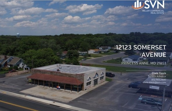 Retail for Sale- Formerly Oscar's Image
